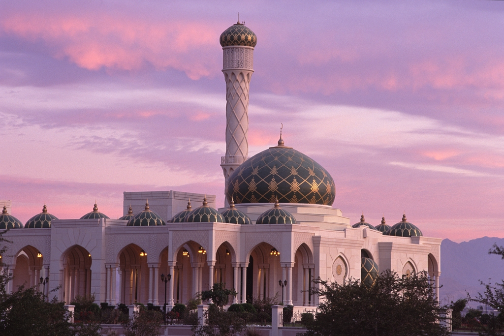 Мечеть Аль Зульфа в городе Сииб, Оман.