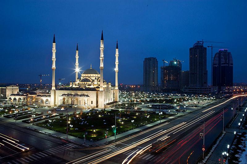Чечня, Грозный, мечеть Сердце Чечни фото 2011