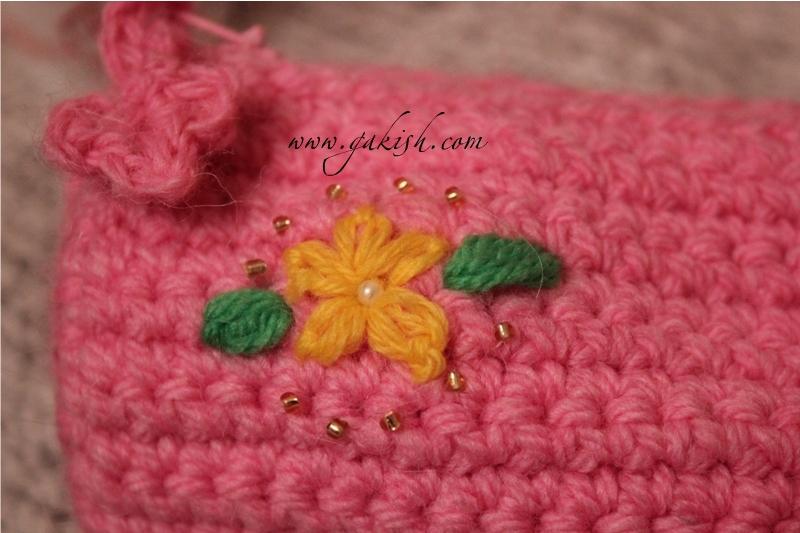 Вязание крючком: пенал-сумочка.
