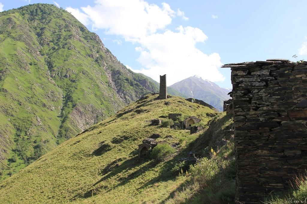 tourism-in-chechnya-itum-kale-mertvyi-gorod-18