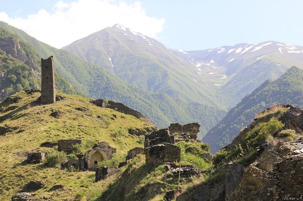 tourism-in-chechnya-itum-kale-mertvyi-gorod-24