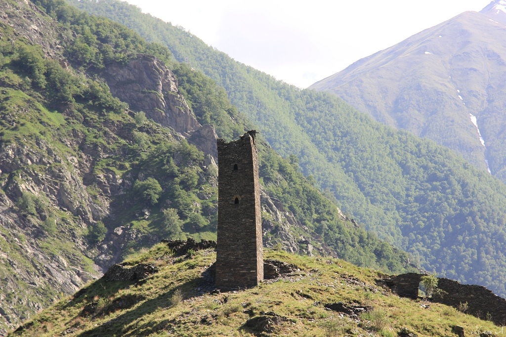 tourism-in-chechnya-itum-kale-mertvyi-gorod-27