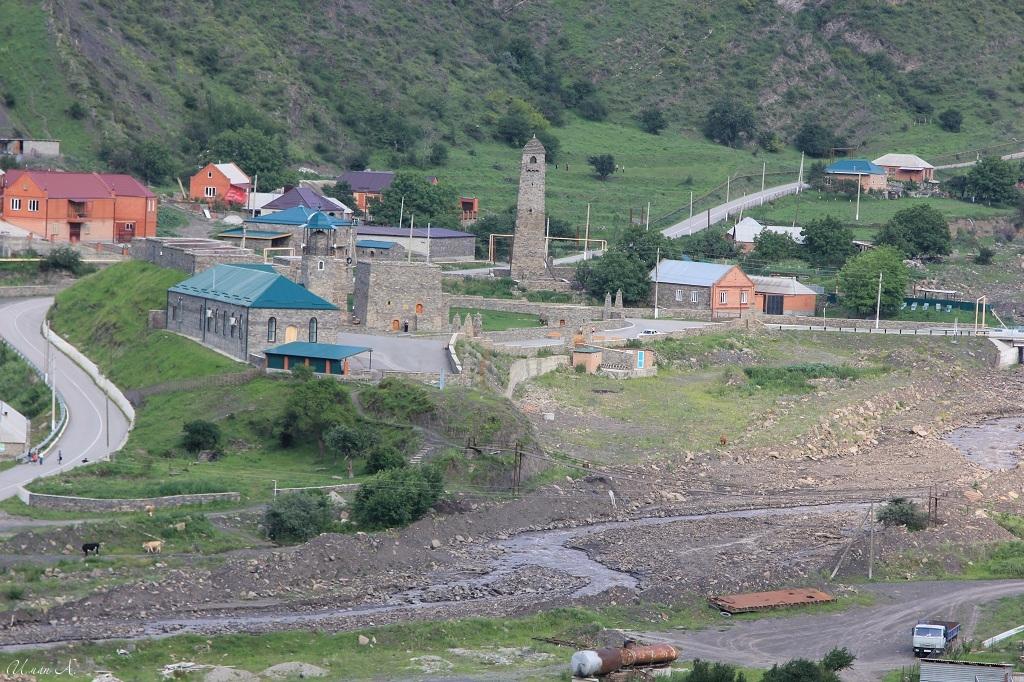 tourism-in-chechnya-itum-kale-mertvyi-gorod-47