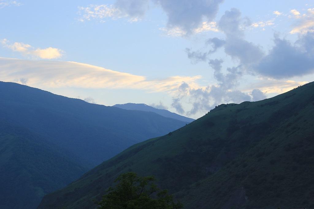 tourism-in-chechnya-itum-kale-mertvyi-gorod-51
